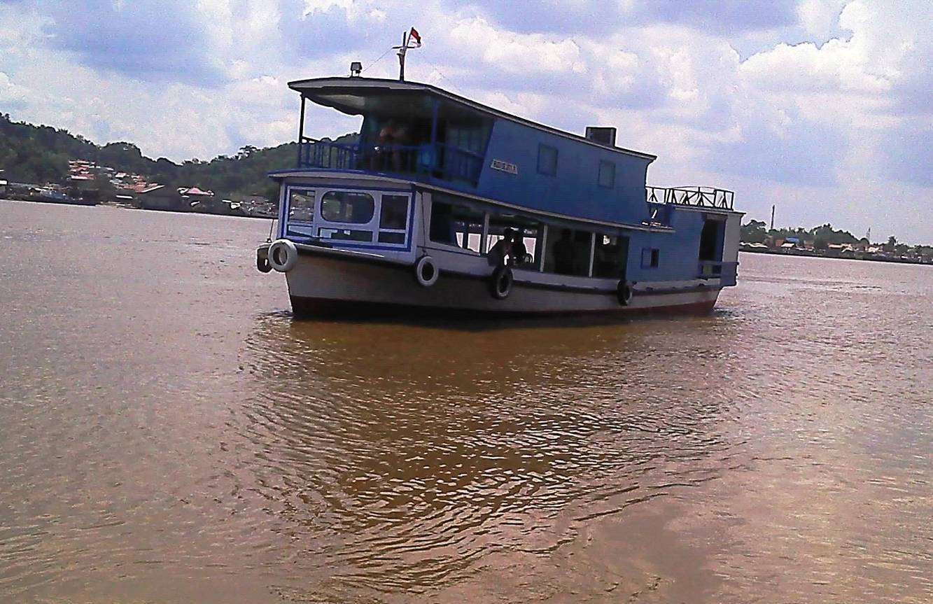Mahakam River Tour 6D5N + Samboja Orangutan (Private House Boat)