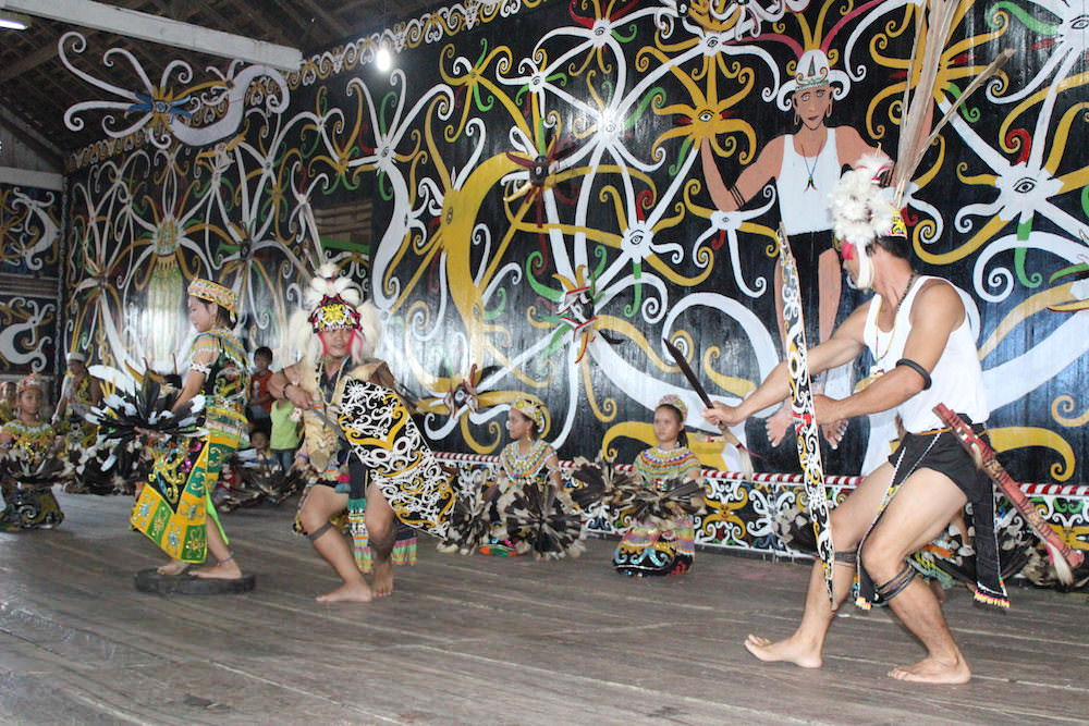 Lung-Ain-Dayak-Village-3